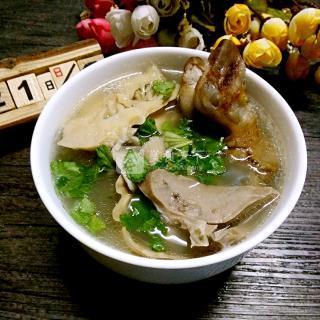 【羊杂汤的家常做法图解】_羊杂汤最正宗的做法_羊杂