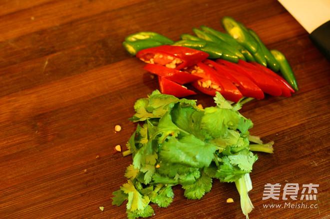 香辣红烧牛尾的茨菇做法板栗排骨汤图片