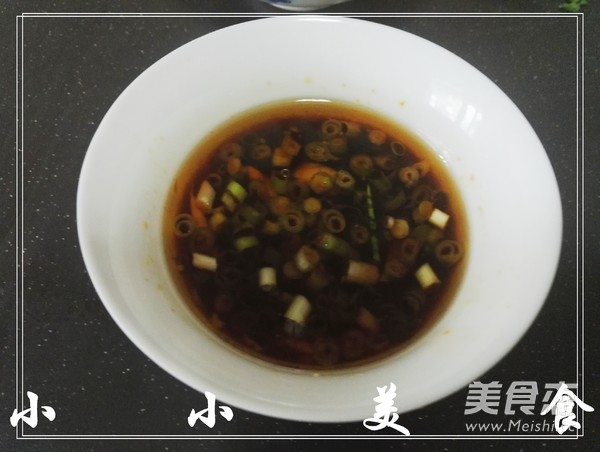 滑溜软嫩的熘<a href=/shicai/mimian/DouFu/index.html target=_blank><u>豆腐</u></a>的做法