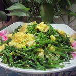 韭菜苔炒鸡蛋的做法