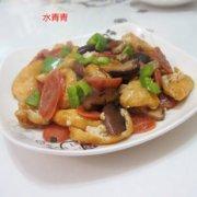 青椒香肠油豆腐丝的做法