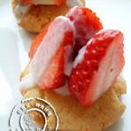草莓饼干塔的做法