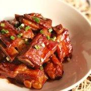 春节年夜饭菜谱:红烧排骨的做法