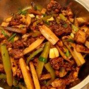 干锅鸡的家常做法