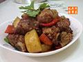 土豆胡萝卜烧排骨的做法