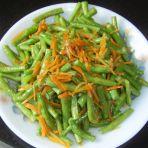 胡萝卜炒豇豆