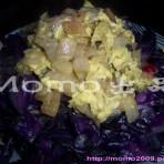 紫椰菜洋葱蛋的做法