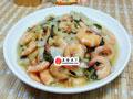 腌白菜炒海虾的做法