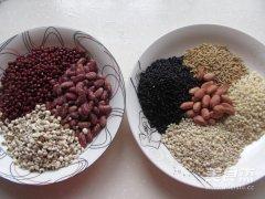 养颜杂粮粥的做法