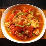 西红柿辣椒炒鸡蛋