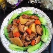 香菇炖土豆的做法