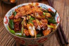 年夜饭推荐:青蒜辣椒凹锅肉