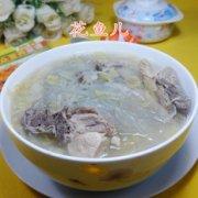 酸菜粉条煮龙骨的做法