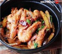 【年夜饭】香辣干锅虾的做法 香辣干锅虾怎么做最好吃
