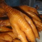 电饭煲卤鸡爪的做法