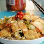 白菜烩脆皮豆腐的做法视频