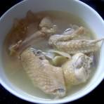沙参玉竹煲鸡肉