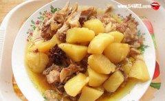 鸡肉炖土豆的做法_鸡肉炖土豆的家常做法