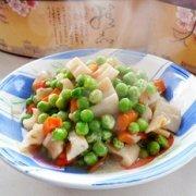 莲藕豌豆粒的做法