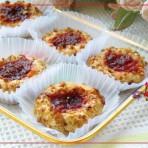 核桃草莓酱酥饼的做法