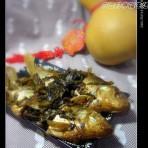 酸菜烧鲫鱼的做法