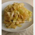 老干妈豆豉圆白菜的做法