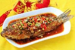 年夜饭红烧鲤鱼的家常做法