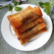 红豆沙春卷的做法