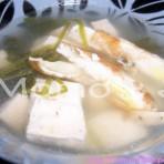 蛋丝芫茜豆腐汤