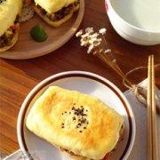 玉米面卤牛肉夹饼的做法