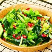 【拍黄瓜凉拌黄瓜的做法】拍黄瓜凉拌黄瓜的营养_蓑衣黄瓜的做法