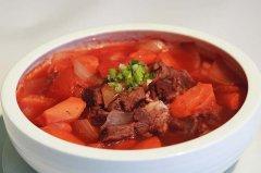 牛肉炖柿子的家常做法,牛肉柿子汤的做法大全