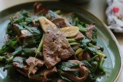 韭菜炒猪肝的家常做法