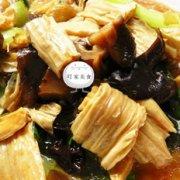 木耳腐竹炒油菜的做法