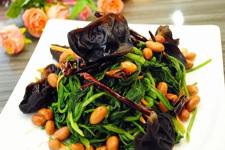 陈醋菠菜花生米制作方法