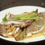 龙舌鱼煮豆酱水的做法