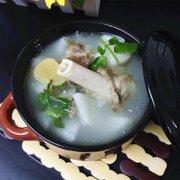 羊骨山药汤的做法