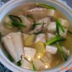 豆腐板鱼汤的做法