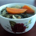 红萝卜小白菜干汤的做法
