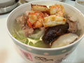 猪骨汤海鲜拉面的做法