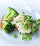 【清蒸金枪鱼的做法】清蒸金枪鱼要蒸多久_清蒸金枪鱼营养价值