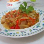 酸辣椒拌玉米粉皮的做法