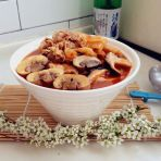 泡菜羊肉菌汤的做法
