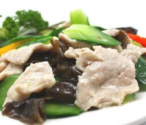 【黄瓜炒肉片】黄瓜炒肉片的做法_黄瓜炒肉片的功效