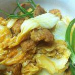 韩式辣白菜炒猪肉的做法
