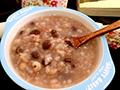 红豆米仁养生粥的做法
