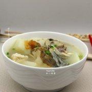 萝卜鱼汤的做法