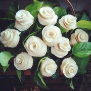 玫瑰花馒头花篮的做法