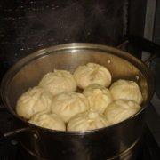 梅菜鲜肉包的做法
