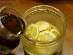 蜂蜜腌柠檬能放多久